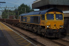 X-Rail: 66744 6T63 Harlow Mill 21/07/19 (TheStanstedTrainspotter) Tags: train trains rail railway transport transportation freight publictransport gbrf gbrailfreight 66 class66 66744 crossrail 6t63 whitemoor ge geml greateasternmainline bowjunction whitemooryardldcgbrf harlowmill westanglia westangliamainline nr networkrail engineeringtrain essex