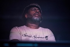 """Theo Parrish - Sonar 2019 - Sabado - 1 - IMG-5566 • <a style=""""font-size:0.8em;"""" href=""""http://www.flickr.com/photos/10290099@N07/48336800856/"""" target=""""_blank"""">View on Flickr</a>"""