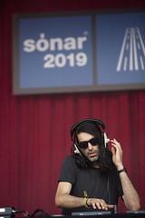 "Erol Alkan - Sonar 2019 - Sabado - 2 - M63C6269 • <a style=""font-size:0.8em;"" href=""http://www.flickr.com/photos/10290099@N07/48336802221/"" target=""_blank"">View on Flickr</a>"