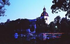 Waterfront church (IamWadidiz) Tags: sweden sverige svitjod sweoland sweorice sweotheod awesomesweden nordic norden scandinavia scedelandum kodak kodakkodachrome kodachrome kodachrome64 135film 24x36 35mm 35mmcamera 35mmfilm 1981 film fancycolours ishootfilm japaneselens kodakfilm manualfocus 35mmslr nightshot church slr nikon nikonem