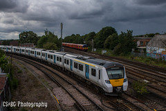 The Gathering Storm (CS:BG Photography) Tags: class700 desirocity 700043 thameslink tsgn gtr wimbledonwestjct wimbledon london swml southwesternmainline suttonloop suttonloopline southwesternrailway swr class455 5736 455736