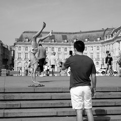DSCF2696 (LexomIA) Tags: bordeaux street urbain bw nb streetphotography