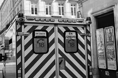 DSCF2699 (LexomIA) Tags: bordeaux street urbain bw nb streetphotography