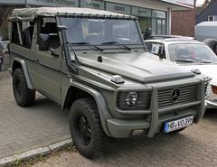 250GD (Schwanzus_Longus) Tags: stuhr brinkum german germany old classic vintage car vehicle 4x4 awd 4wd offroad offroader mercedes benz 250gd g class klasse wagen wagon