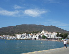 Cadaques (Kaeko) Tags: trip travel vacation holiday town spain catalonia resort cadaques europe people beach