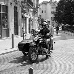 DSCF2692 (LexomIA) Tags: bordeaux street urbain bw nb streetphotography
