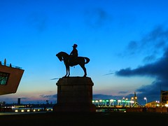 Merseyside at Blue Hour (pallab seth) Tags: liverpool architecture waterfront merseyside portcity heritage unescoworldheritagesite landscape cityscape evening england city summer tourism touristdestination mobilephotography sunset merseyferries bluehour sculpture