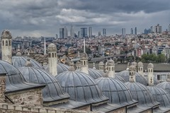 Istanbul🇹🇷. Old and new (maukap) Tags: sultanahmet mosque turkey istanbul