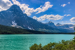 Along the Icefields Pkwy - Alberta 2017 (Reddad Ford) Tags: view jasper 2017 scenery river landscape banff mountains july water glacier lake alberta snow