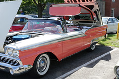 1959(?) Ford Skyliner convertible (desert11sailor) Tags: coolcars concours newburyport cars oldcars skyliner ford fordskyliner retractablehardtop