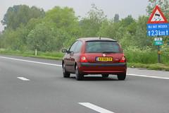 Nico's 2001 Renault Clio 1.2 (Dirk A.) Tags: nicos 2001 renault clio 12 43hdtp onk sidecode6