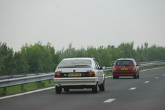 Jacobs 1987 Citroën BX 191 GTI + Nico's 2001 Renault Clio 1.2 (Dirk A.) Tags: nicos 2001 renault clio 12 43hdtp onk sidecode6 lsxf80 sidecode5 jacobs 1987 citroën bx 191 gti
