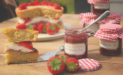 Home Made... (KissThePixel) Tags: strawberry stawberries cream freshcream homemade homemadejam homemadecake yummy cake baking jam strawberryjam stilllife myhome mygarden mykitchen kitchen garden summer fruit food red bokeh macro tabletopphotography tabletop nikon nikondf 50mm sigmaart sigmaf14 f14 foodphotography creativefood