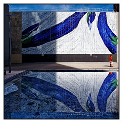 Reflets Beaugrenelle Paris (freephysique) Tags: reflets architecture rue bleu peinture eau paris beaugrenelle morin ganet nikon d750 ombre lumière reflections street blue painting water shadow light masterpieces reflexionen architektur strase blau malerei wasser schatten licht 思考 架构 街头 蓝 绘画 水 影子 光 reflexiones arquitectura calle azul pintura agua sombra luz размышления архитектура улица синий картина вода тень свет