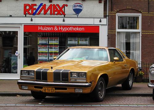 1976 Oldsmobile Cutlass Coupe V8