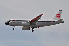 'BA953L' (BA0953) MUC-LHR (A380spotter) Tags: approach landing arrival finals shortfinals airbus a319 100 geupj airbusa319100poweredbyiaev2500engines beabritisheuropeanairways redsquare19591968 britishairways10019192019 centenary retrocolours livery scheme retrojet 2019 ba100 baretrojet internationalconsolidatedairlinesgroupsa iag britishairways baw ba ba953l ba0953 muclhr runway27r 27r london heathrow egll