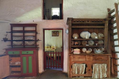 cocina interior de casa campesina Parque Folklorico de Bunratty Folk Park Republica de Irlanda 01