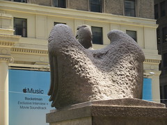 2019 American Bald Eagle Statue - Madison Square Garden 6276 (Brechtbug) Tags: 2019 american bald eagle statue near madison square garden 7th avenue new york city 07212019 bird sculpture former location borders books store nyc stone originally from old pennsylvania penn station torn down 1963