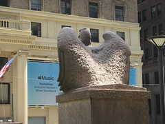 2019 American Bald Eagle Statue - Madison Square Garden 6275 (Brechtbug) Tags: 2019 american bald eagle statue near madison square garden 7th avenue new york city 07212019 bird sculpture former location borders books store nyc stone originally from old pennsylvania penn station torn down 1963