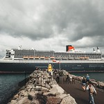 R.M.S. Queen Mary leaving Reykjavík 20 july thumbnail