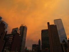 2019 Sunset Clouds After a 92 Degree Sunday 6406 (Brechtbug) Tags: 2019 sunset clouds after 92 degree sunday hells kitchen clinton near times square broadway nyc 07212019 new york city midtown manhattan snowing storms snowstorm winter weather building fog like foggy july summer hell s nemo southern view