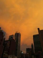 2019 Sunset Clouds After a 92 Degree Sunday 6402 (Brechtbug) Tags: 2019 sunset clouds after 92 degree sunday hells kitchen clinton near times square broadway nyc 07212019 new york city midtown manhattan snowing storms snowstorm winter weather building fog like foggy july summer hell s nemo southern view
