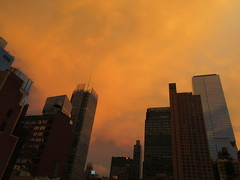 2019 Sunset Clouds After a 92 Degree Sunday 6404 (Brechtbug) Tags: 2019 sunset clouds after 92 degree sunday hells kitchen clinton near times square broadway nyc 07212019 new york city midtown manhattan snowing storms snowstorm winter weather building fog like foggy july summer hell s nemo southern view