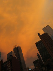 2019 Sunset Clouds After a 92 Degree Sunday 6400 (Brechtbug) Tags: 2019 sunset clouds after 92 degree sunday hells kitchen clinton near times square broadway nyc 07212019 new york city midtown manhattan snowing storms snowstorm winter weather building fog like foggy july summer hell s nemo southern view