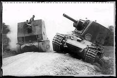 15 cm sIG 33 (Sf) auf Panzerkampfwagen I Ausf B (Schwere Infanteriegeschütz-Kompanie (mot.S.) 702) (KStudio Photography) Tags: wehrmacht spg kv2 tank heavy derelict bison pzkpfw 1 sig 33 panzer ww2