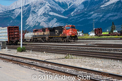 Waiting.... (awstott) Tags: 4612 jasper canadiannationalrailway c408m cnr es44dc train alberta cn locomotive nationalpark 2335 generalelectric ge canada