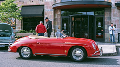 Porsche Speedster (vtom61) Tags: porschespeedster vintageporsche fuji fujichrome provia100f provia film nikonf100 nikkor50mmf14d nikon 50mm exoticsatredmondtowncenter carshow germancar sportscar