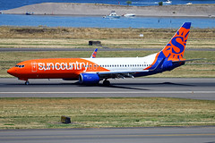 Sun Country Special (planephotoman) Tags: boeing 737 738 737800 73783n n831sy suncountry suncountryairlines scx8024 kykmkpdx specialpaint speciallivery pdxaircraft portlandinternationalairport pdx kpdx
