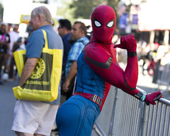 Does this suit make my butt look good? (San Diego Shooter) Tags: comiccon comiccon2019 sdcc sdcc2019 cosplay streetphotography bokeh portrait streetportrait sandiego comicconcostumes spiderman