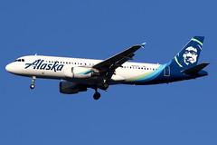Alaska Airlines | Airbus A320-200 | N851VA | San Francisco International (Dennis HKG) Tags: aircraft airplane airport plane planespotting canon 7d 100400 sanfrancisco ksfo sfo alaska alaskaairlines asa as usa airbus a320 airbusa320 n851va