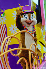 Move It! Shake It! Mousekedance It! (disneylori) Tags: chip chipanddale disneycharacters characters moveitshakeitmousekedanceit waltdisneyworldparade disneyworldparade disneyparade parade mainstreetusa mainstreet magickingdom waltdisneyworld disneyworld wdw disney