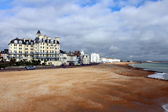 Eastbourne (mbphillips) Tags: uk coastline beach greatbritain unitedkingdom britishisles 英国 英國 欧洲 歐洲 유럽 ヨーロッパ 영국 mbphillips europa reinounido 잉글랜드 英格兰 geotagged photojournalism photojournalist travel angleterre inglaterra イングランド 캐논 canoneos80d canon canon80d sigma england english sigma1835mmf18dchsm eastbourne westsussex sussex