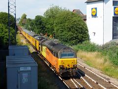 67027 & 67023 Paignton (4) (Marky7890) Tags: colasrail 67023 67027 class67 1z18 paignton railway devon rivieraline train