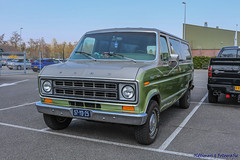 1976 Ford Chateau - 57-YD-25 (Oldtimers en Fotografie) Tags: 1976fordchateau 57yd25 1976 fordchateau ford americanclassiccar americanclassiccars uscars classicamericancars classicamericancar classicuscars classiccar classiccars klassiekers klassieker oldtimer oldtimers oldcars oldcar voiture voitures automobiles automobile carshow carevent oldtimerevenement oldtimertreffen kingcruise2019 kingcruise fransverschuren fotograaffransverschuren photographerfransverschuren oldtimersfotografie car vehicle