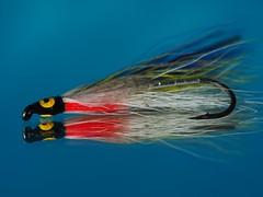 Leurre/appât/mouche (FotoAmatrix) Tags: macromondays gonefishing fishing leurre mouche