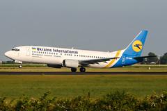 UR-GAR (PlanePixNase) Tags: amsterdam ams eham schiphol planespotting airport aircraft ukraineinternational boeing b734 737400 737