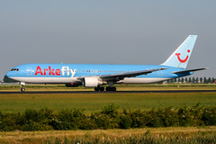 PH-AHQ (PlanePixNase) Tags: amsterdam ams eham schiphol planespotting airport aircraft arkefly tui 767300 b763 767 boeing