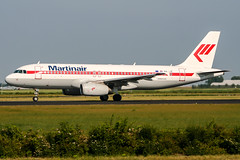 PH-MPE (PlanePixNase) Tags: amsterdam ams eham schiphol planespotting airport aircraft martinair airbus 320 a320