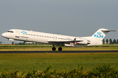 PH-OFL (PlanePixNase) Tags: amsterdam ams eham schiphol planespotting airport aircraft klm cityhopper fokker 100 f100