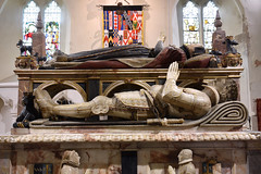 Titchfield, Hampshire, St. Peter's, Wriothesley monument, north face, effigy of Henry Wriothesley, 2nd Earl of Southampton, †1582 (groenling) Tags: titchfield hampshire hants england britain greatbritain gb uk stpeters monument tomb marble alabaster johnson janssen wriothesley earl southampton honey garter effigy armor