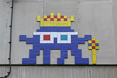 Leicester Square (LDN_143) (Meteorry) Tags: europe unitedkingdom england uk britain greatbritain london spaceinvader spaceinvaders invader invaderwashere tiles carrelage carreaux mur wall street rue art artderue pixels mosaïques ldn143 wave18 godsavethequeen leicestersquare lislestreet chinatown princecharlescinema princecharles royal october 2018 meteorry