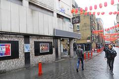 Leicester Square - London (United Kingdom) (Meteorry) Tags: europe unitedkingdom england uk britain greatbritain london spaceinvader spaceinvaders invader invaderwashere tiles carrelage carreaux mur wall street rue art artderue pixels mosaïques ldn143 wave18 godsavethequeen leicestersquare lislestreet chinatown princecharlescinema princecharles royal october 2018 meteorry