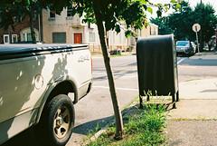 KD EKTAR 100 - 135 (kc_tinari) Tags: philadelphia philly kensington fishtown street streetphotography canon canoneos10s kodakektar100 film filmphotography 35mmfilm kodakfilm analogphotography