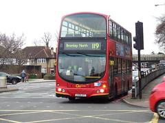 Sat 31st March 2018 - Bromley (Tobytrainspotting13) Tags: tobytrainspotting13 bromley saturday 31st march 2018 london bus wvl wrightbus gemini goahead wvl213 lx06 dyt lx06dyt