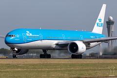 PH-BVP (PM's photography) Tags: ams eham amsterdam polderbaan 36l aircraft airline airliner holland netherlands plane jet avporn avgeek tower atc phbvp canon 6d2 100400 boeing b777 b77w b773er travel sky airport spotting aero