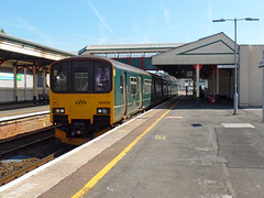150002 Paignton (4) (Marky7890) Tags: gwr 150002 class150 sprinter 2f47 paignton railway devon rivieraline train